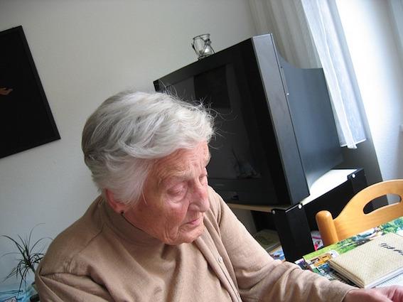Assistenza-agli-Anziani Chi è il caregiver familiare per l'assistenza all'anziano
