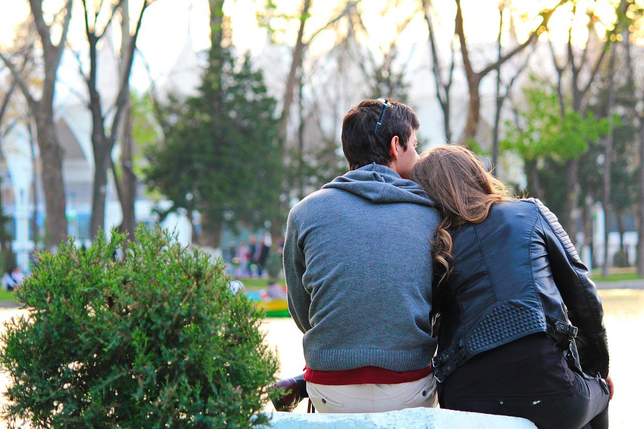 Come-Combattere-la-Gelosia-in-Una-Coppia-Consigli Come combattere la gelosia in una coppia