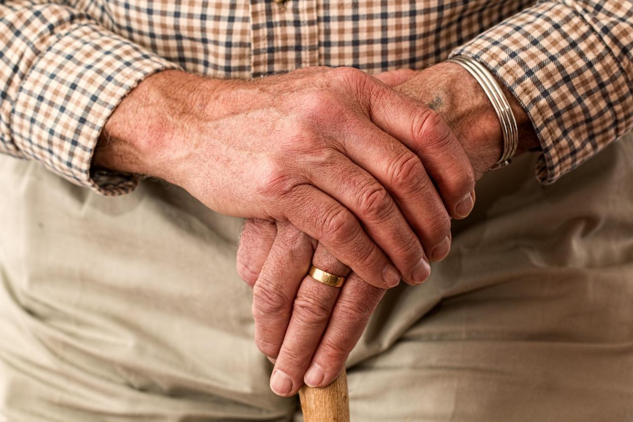 Perche-gli-Anziani-Rifiutano-il-Cibo-Rimedi Perché gli anziani non vogliono mangiare?