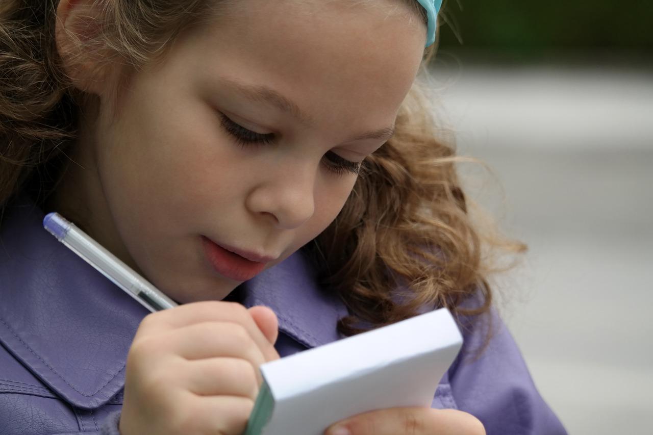 Errori-di-Ortografia-Come-Correggere-i-Bambini-che-Sbagliano Errori di ortografia: come correggere i bambini