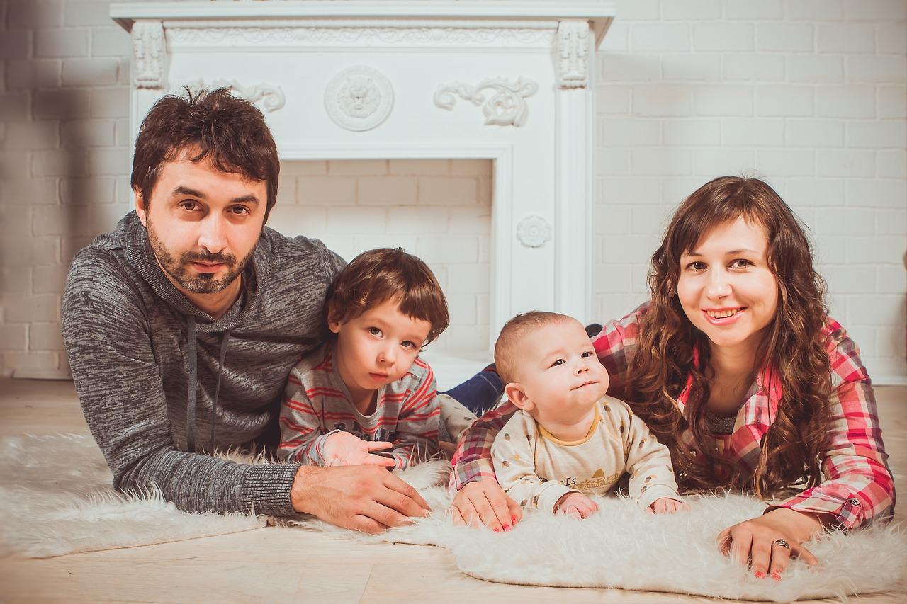 Come-i-Genitori-Adottivi-Affrontano-i-Problemi-in-Famiglia-per-Risolverli Come i genitori adottivi affrontano i problemi in famiglia?