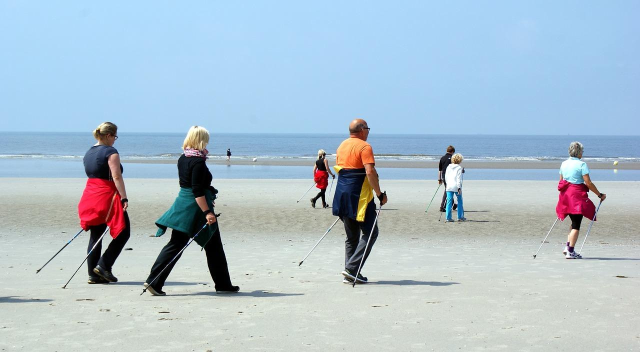 Nordic-Walking-Perche-Fa-Bene-agli-Anziani-Effetti Nordic Walking: perché fa bene agli anziani?