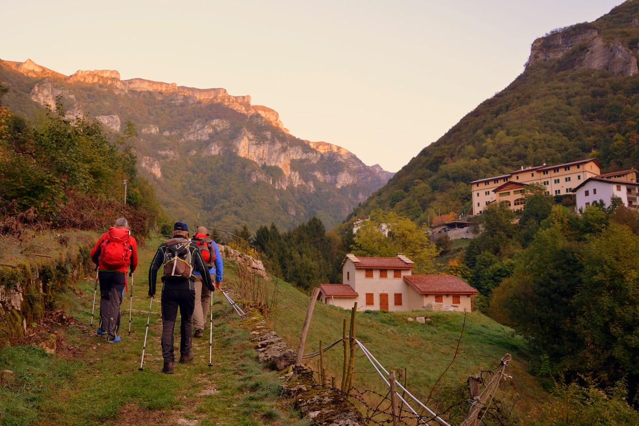 Nordic-Walking-Perche-Fa-Bene-agli-Anziani-e-Cosa-E Nordic Walking: perché fa bene agli anziani?