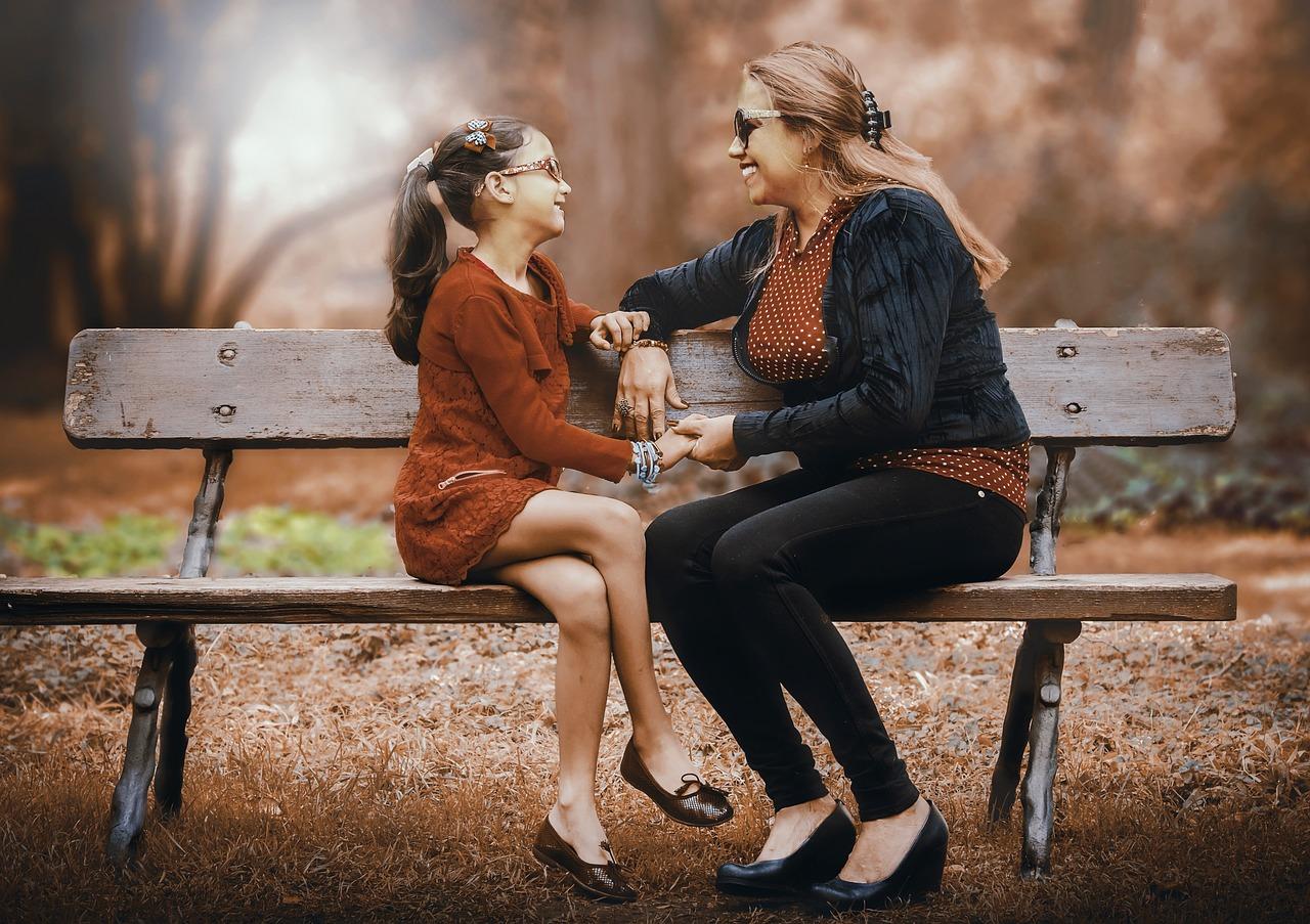 Come-Migliorare-il-Rapporto-Madre-Figlia-con-il-Dialogo Come migliorare il rapporto madre figlia