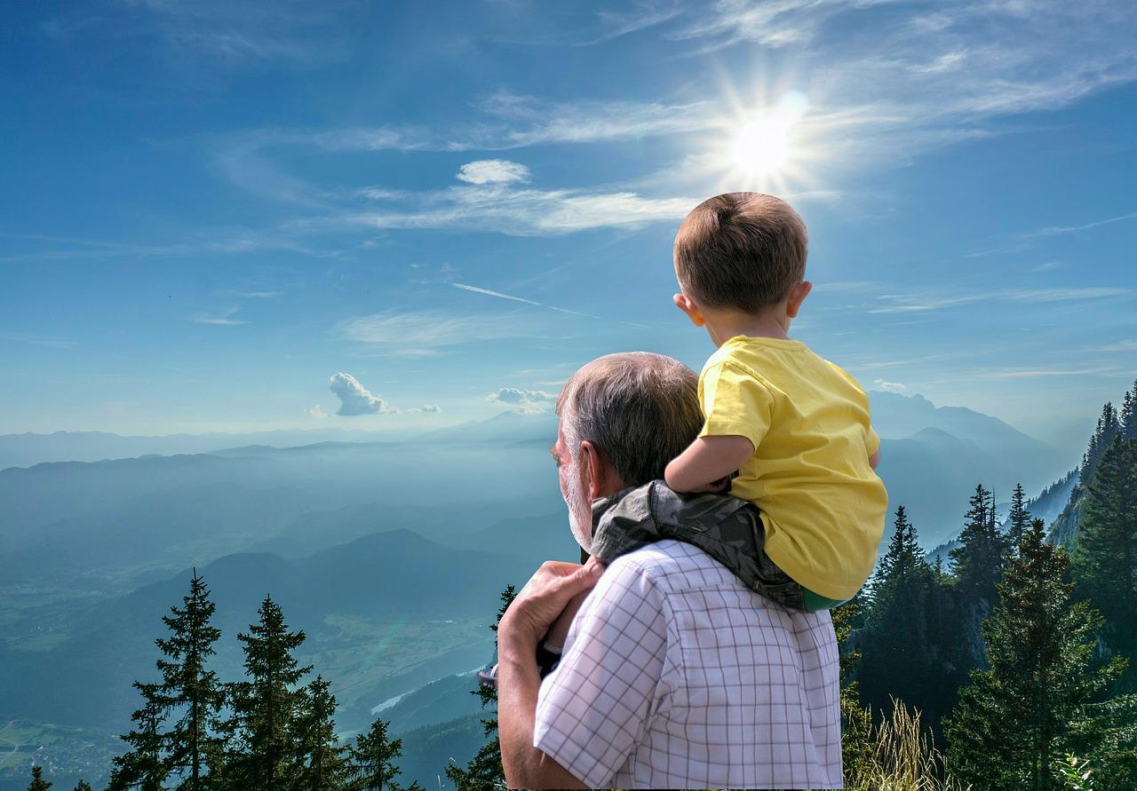 Adozione-in-Famiglia-il-Ruolo-dei-Nonni-per-i-Nipoti Adozione in famiglia, il ruolo dei nonni