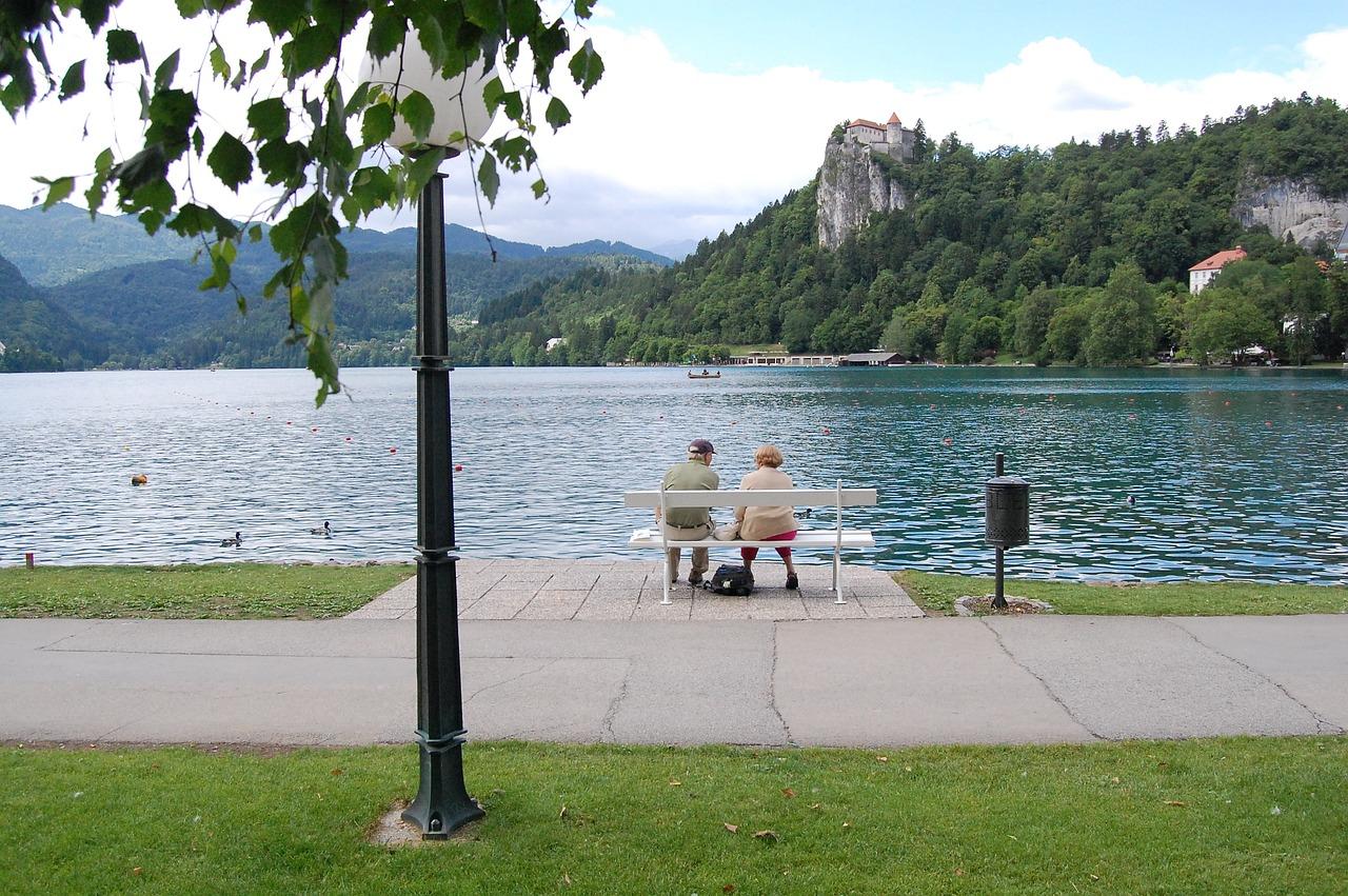 Vacanze-con-Anziani-Come-Scegliere-in-Base-alle-loro-Esigenze-di-Autonomia Vacanze con anziani, come scegliere in base alle loro esigenze