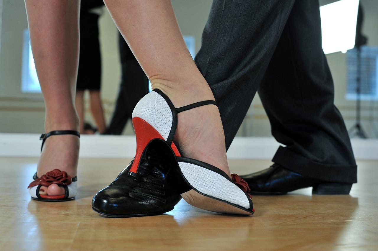 Danza-e-Anziani-Perche-Ballare-Fa-Bene-Anche-nella-Terza-Eta-dei-Senior Danza e anziani, perché fa bene ballare anche nella terza età?