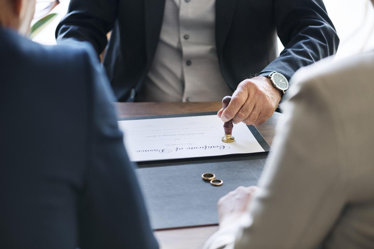Come-Gestire-le-Proprieta-Dopo-il-Divorzio-Consensuale Come gestire le proprietà dopo il divorzio