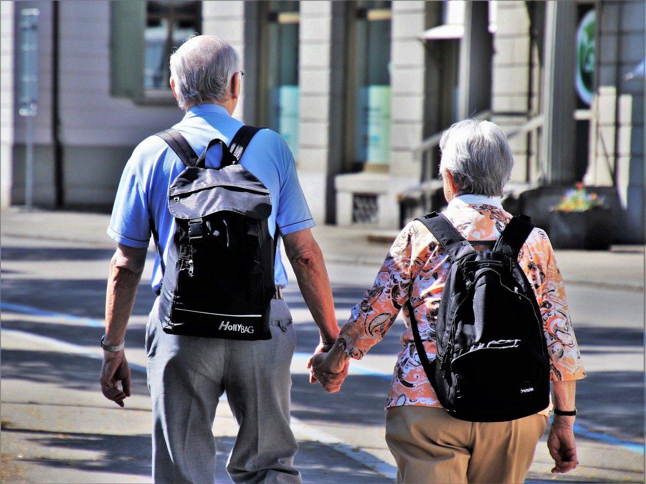 Effetti-sul-Buonumore-degli-Anziani Attività all'aperto per anziani
