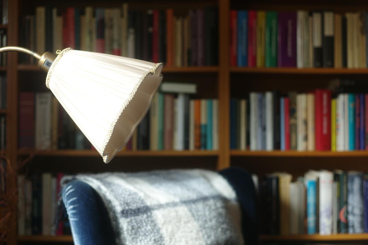 Consigli-di-Lettura-per-Anziani-Online Consigli di lettura per anziani