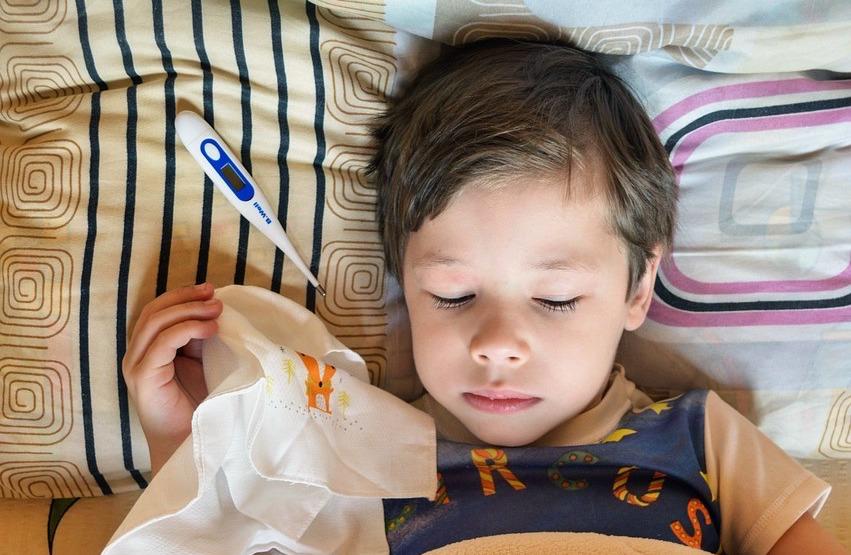 Come-Abbassare-la-Febbre-ai-Bambini-Piccoli Come abbassare la febbre ai bambini