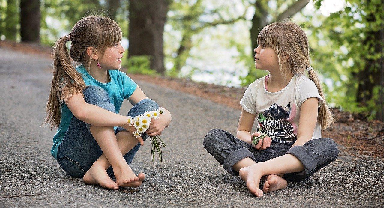 Cosa-Fare-se-una-Bambina-Balbetta Cosa fare se un bambino balbetta?