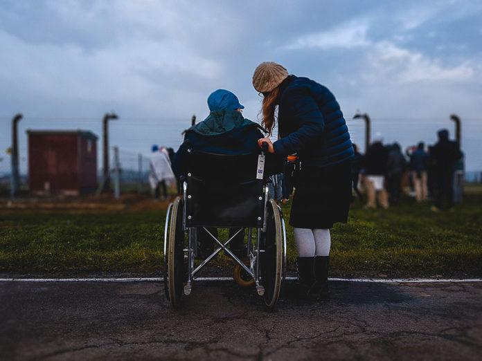 Come Aiutare i Disabili che non Cercano Aiuto