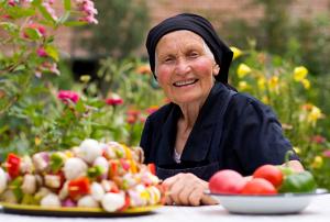 Anziani che Rifiutano il Cibo