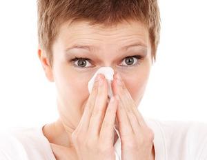 Come Curare le Allergie da Polline negli Anziani