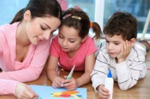 come aiutare i bambini a studiare
