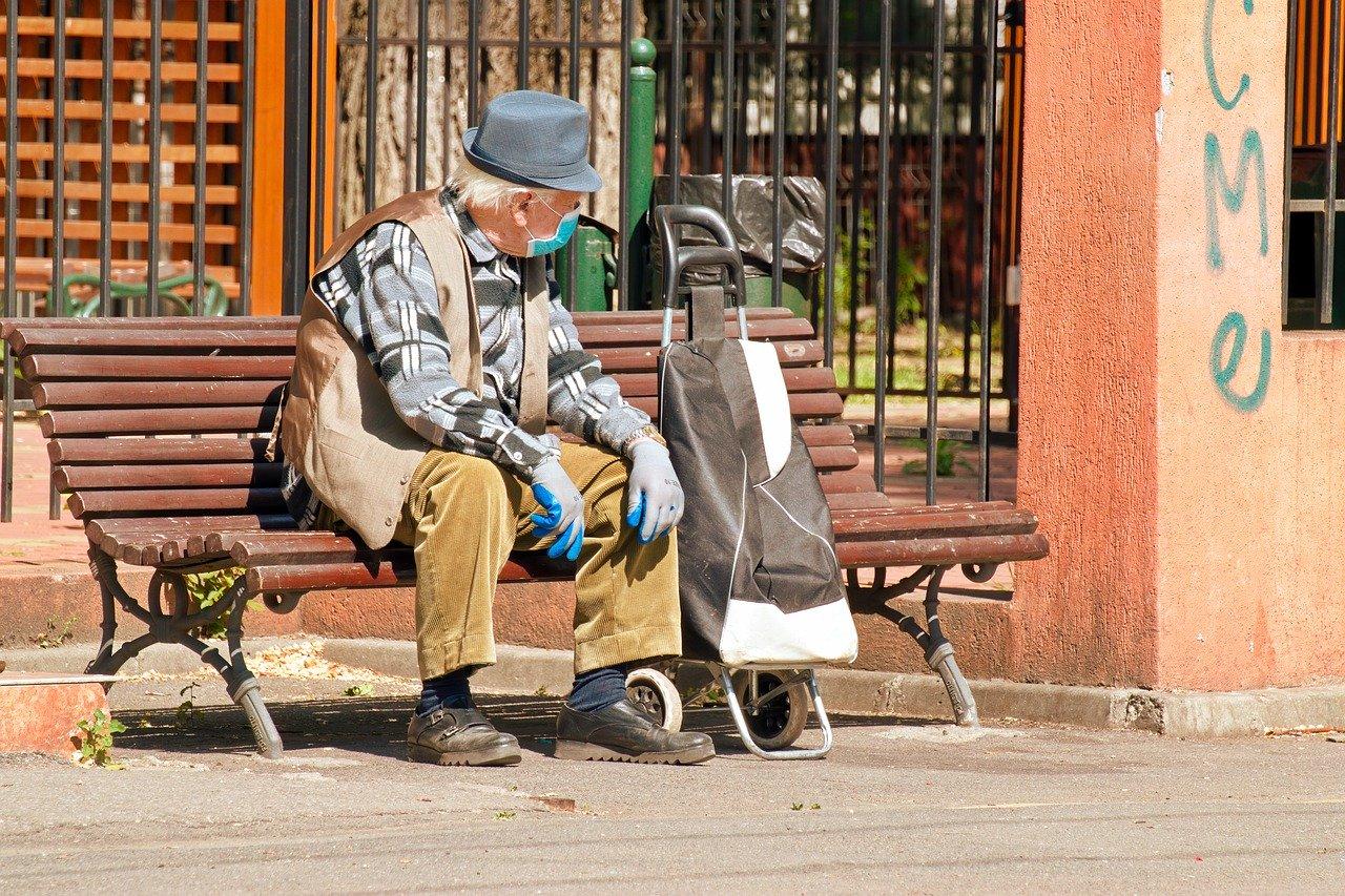 Coronavirus-Quando-Potranno-Uscire-gli-Anziani-in-Italia Coronavirus: quando potranno uscire gli anziani?