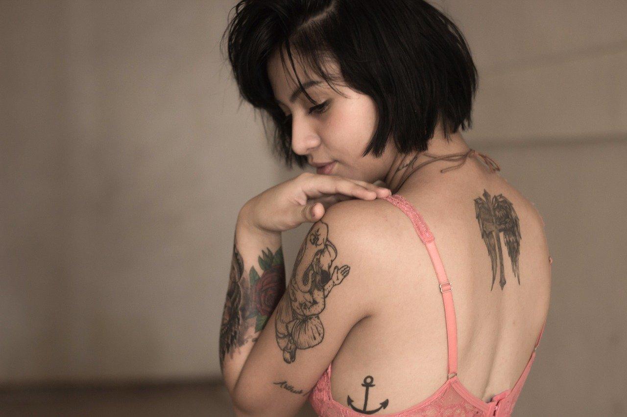 Tatuaggi-Come-Cambiano-con-la-Terza-Eta Tatuaggi e terza età: come saranno quando saremo anziani?