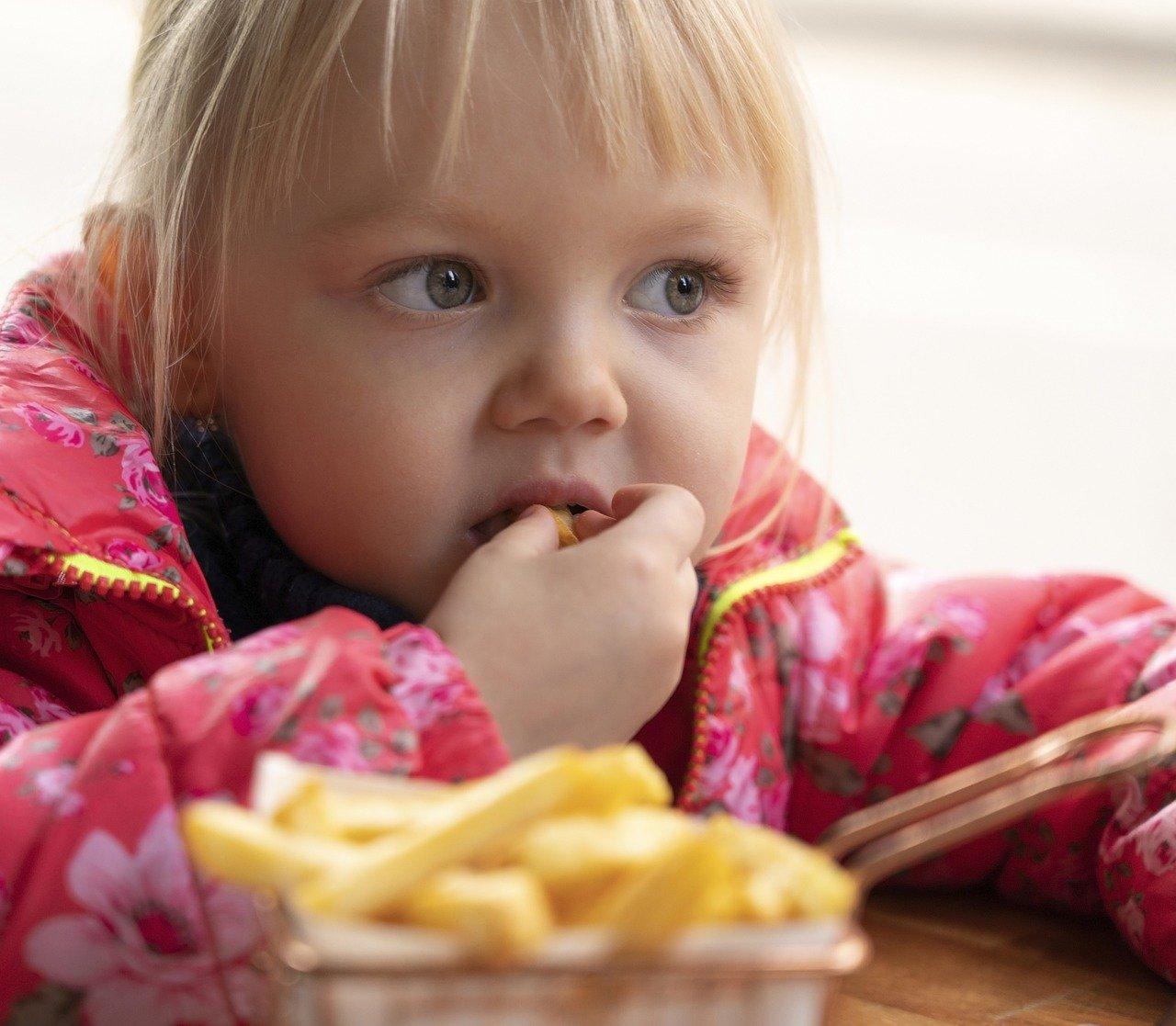 Bambini-e-Celiachia-Cosa-Mangiare Bambini e celiachia: come comportarsi?