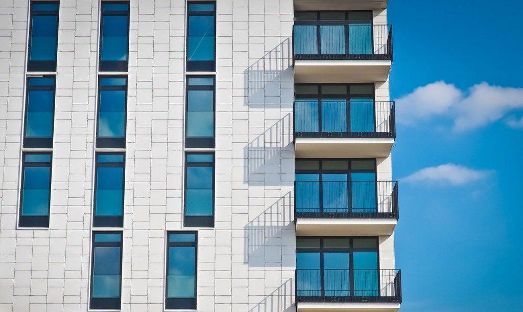 Protezione-Terrazzo-Bambini-1024x610 Scegliere la protezione del terrazzo per i bambini