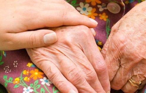 Lavorare nel sociale con gli anziani